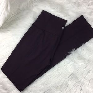 Lululemon, high-waist, aubergine leggings. Size 6.